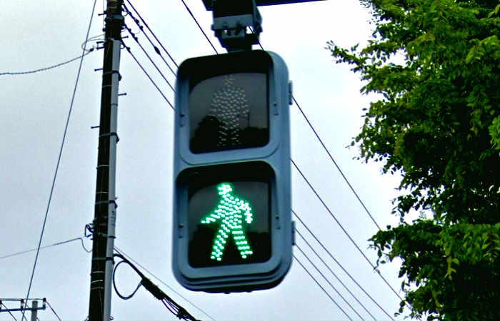 青信号点滅の場合の信号無視