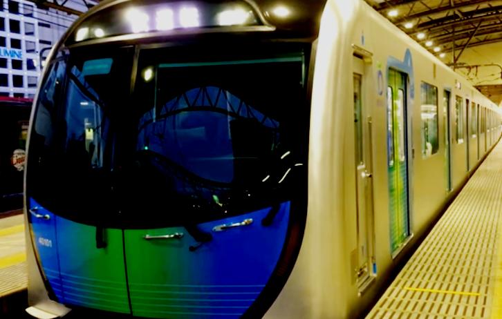 西武池袋線のS-TRAIN
