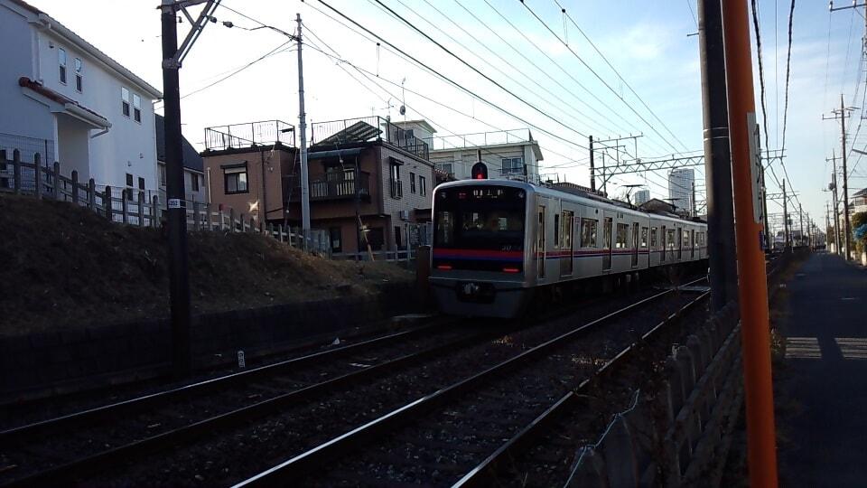 京成本線の混み具合