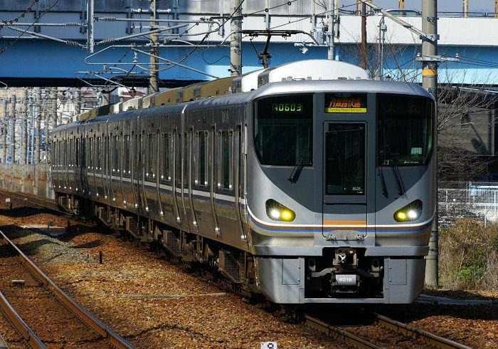 JR宝塚線の丹波路快速