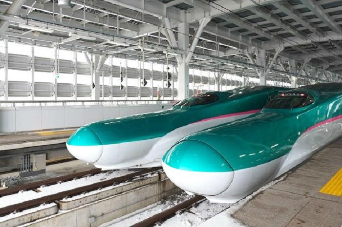 全車指定席の東北新幹線のはやぶさ