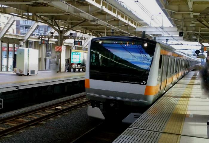 中央線快速の上り列車
