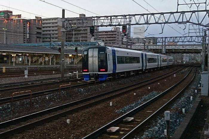 混雑する名古屋地区の各鉄道路線