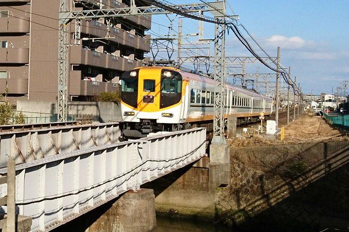 近鉄名古屋線の特急