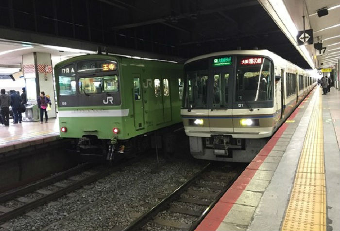 大阪環状線の夕方の混雑