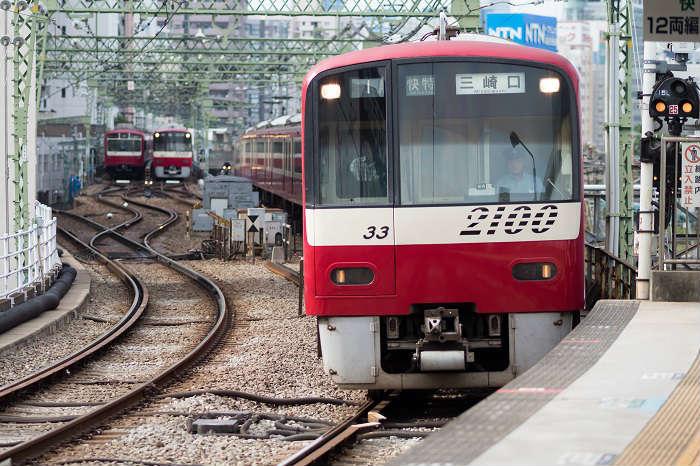 京急本線の快特の最高速度
