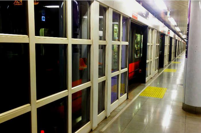 赤字の京都市営地下鉄東西線