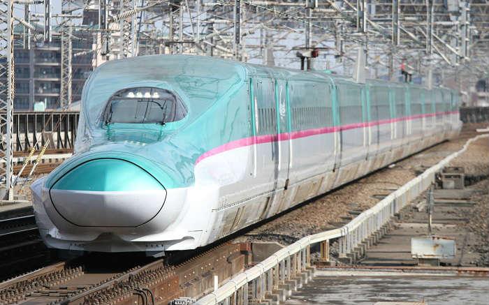 東北新幹線のWi-Fi搭載のE5系