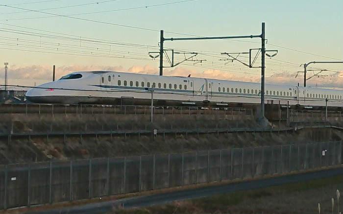 新幹線の電気代の目安