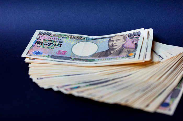 はじめしゃちょーの年収は2億円超